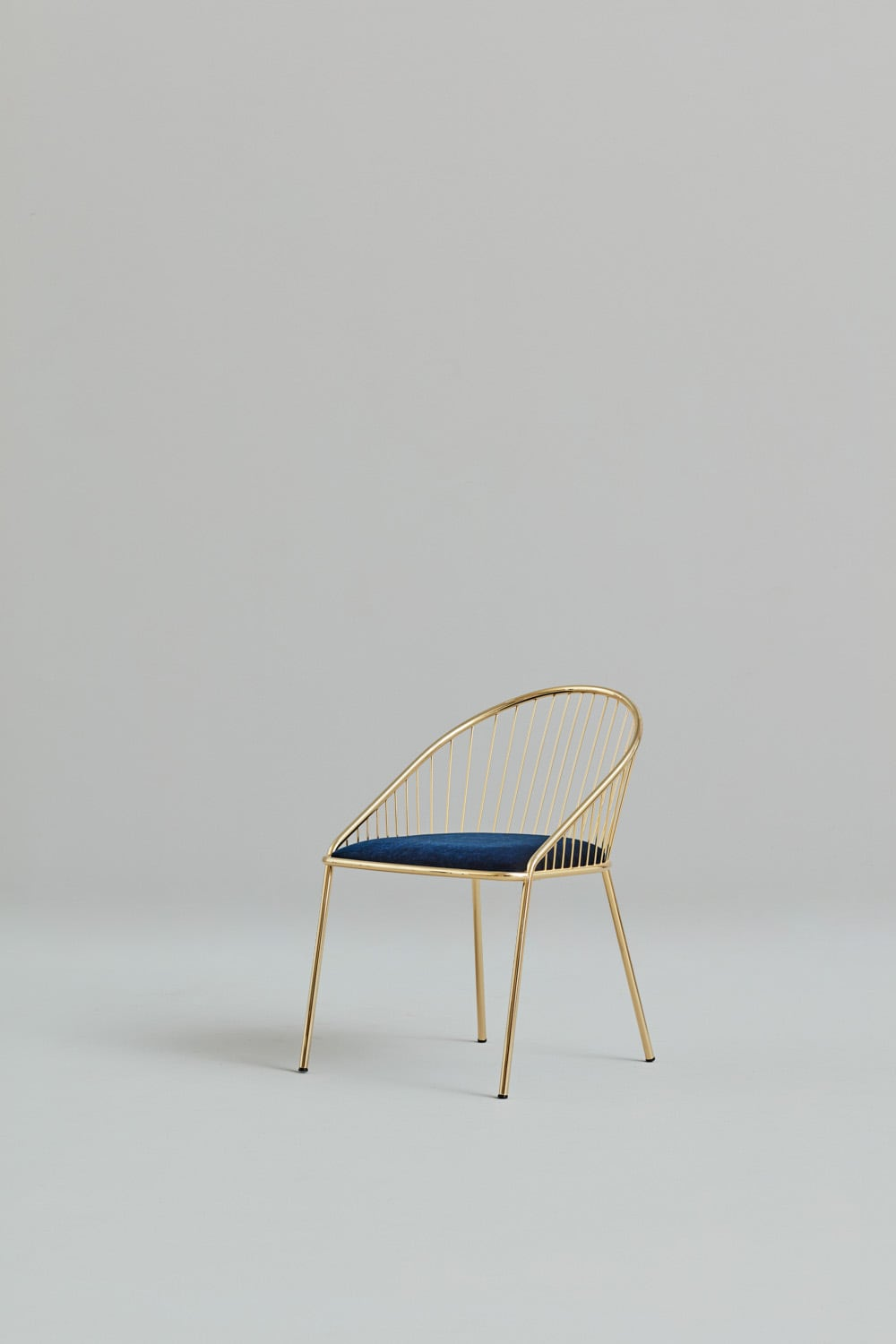 agora-chair-contract-design-hospitality