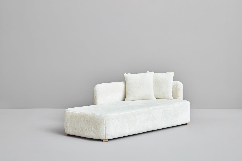edith-sofa-conract-hospitality-design