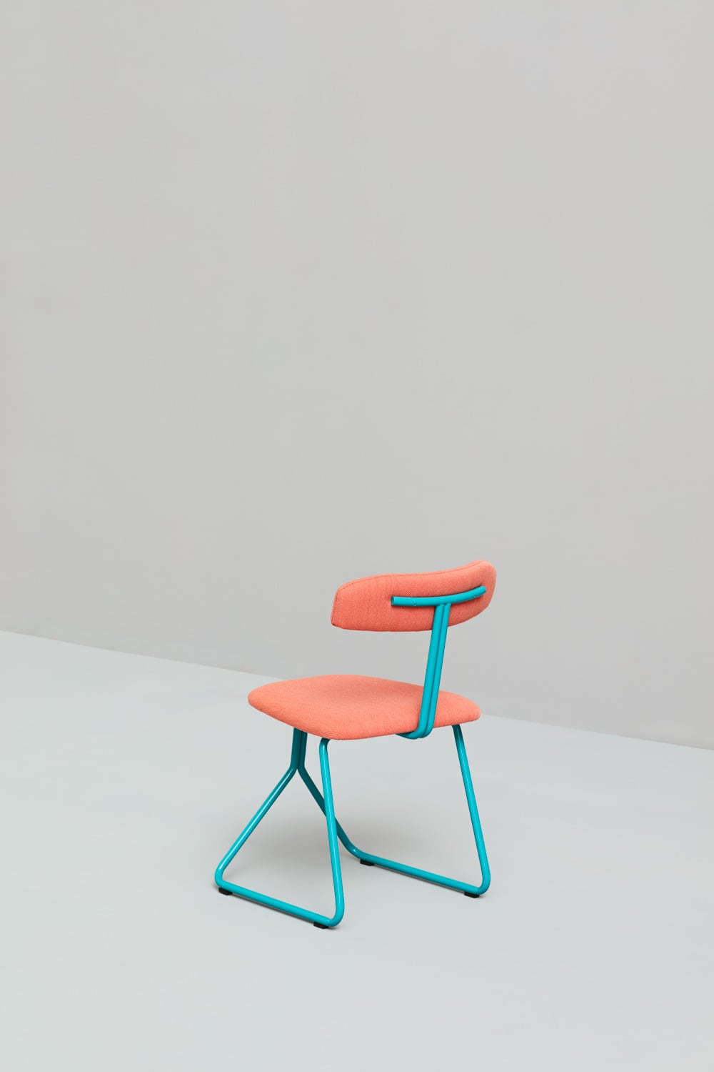 rider-chair-hospitality-project-interior-design